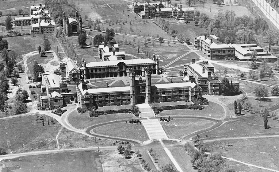Brookings Hall, 1922
