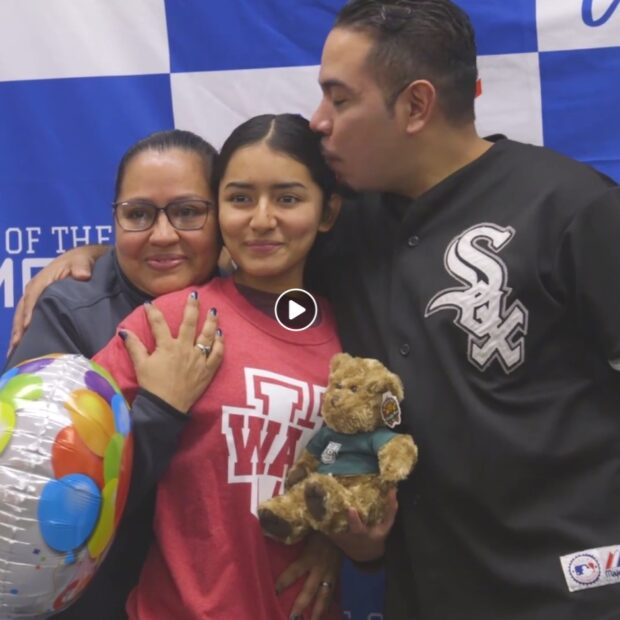 Sofia and her parents celebrate her WashU admission
