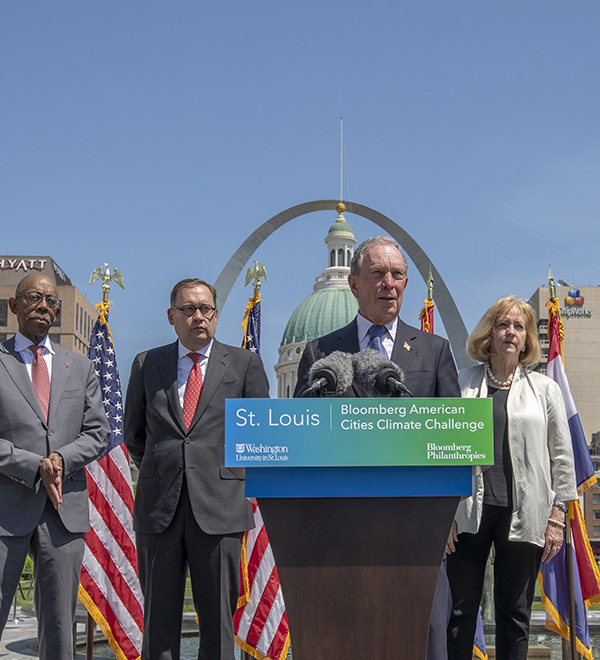 Bloomberg in St. Louis